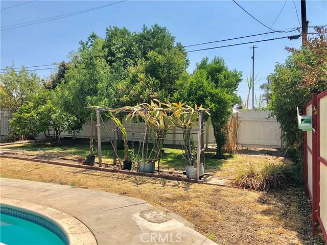 13333 Earl Avenue, Baldwin Park CA: http://media.crmls.org/medias/064c6217-47bd-45e6-8a8a-be70f1ad2ef2.jpg
