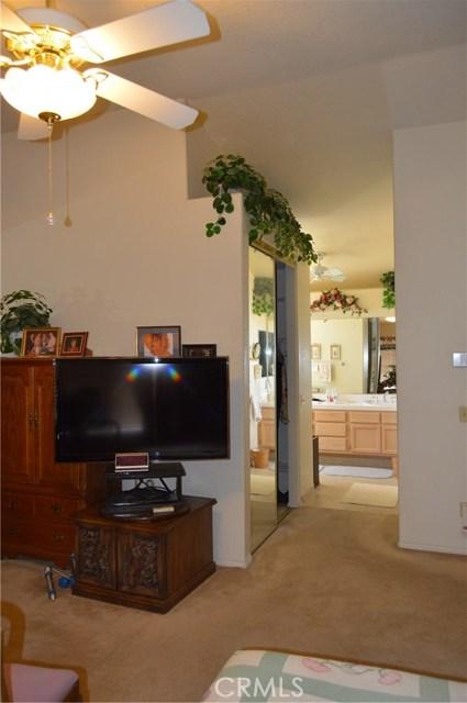 35610 Balsam Street, Wildomar CA: http://media.crmls.org/medias/06546b21-2833-4cba-957c-5600e9298901.jpg