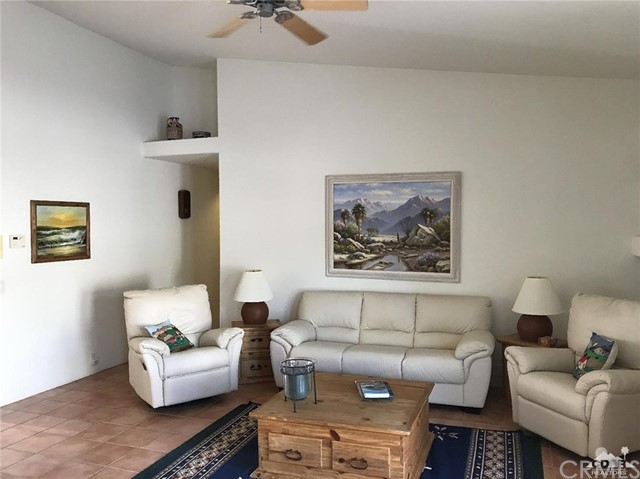 40620 Glenwood Lane, Palm Desert CA: http://media.crmls.org/medias/065a301f-083c-421e-9056-7199af53ee02.jpg