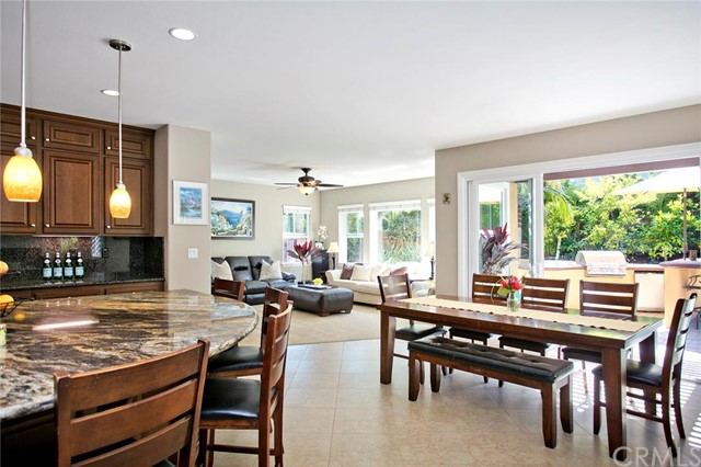 Single Family Home for Sale at 11 Emerald St Aliso Viejo, California 92656 United States