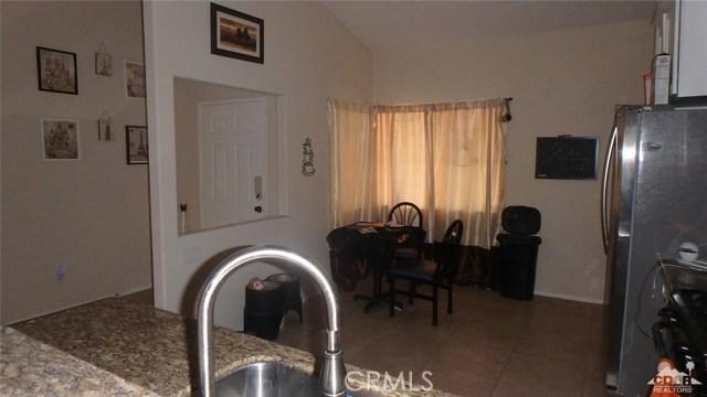 66029 Avenida Barona, Desert Hot Springs CA: http://media.crmls.org/medias/065f286a-6517-4ce7-b593-e5fffc692199.jpg