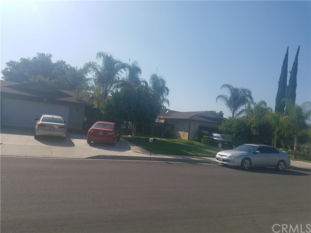 1555 Ellsworth Way San Bernardino, CA 92411 - MLS #: RS17208722
