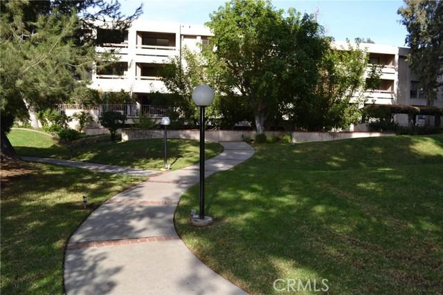 15239 Magnolia Boulevard D, Sherman Oaks, CA 91403