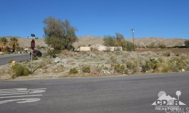 0 Crescent & 4th, Desert Hot Springs CA: http://media.crmls.org/medias/0675d3d4-79df-4da8-9623-b311c12e705d.jpg