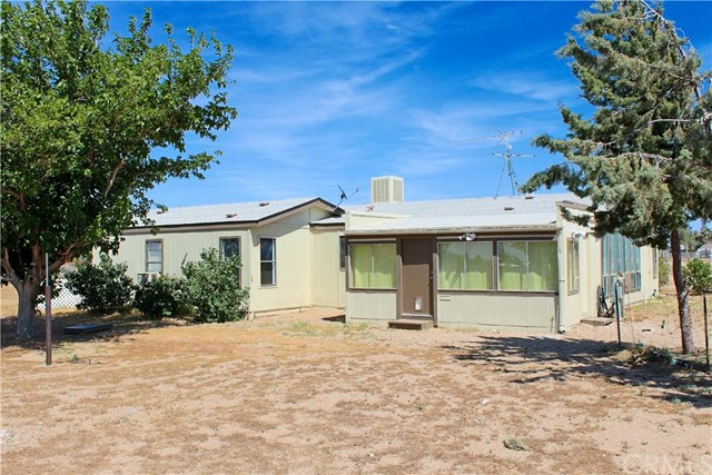 10373 Bonanza Road Oak Hills, CA 92344 is listed for sale as MLS Listing CV16101433