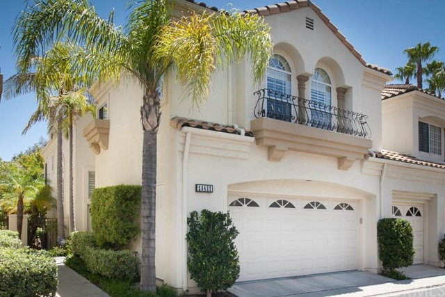 Townhouse for Sale at 26422 La Traviata St # 88 Laguna Hills, California 92653 United States