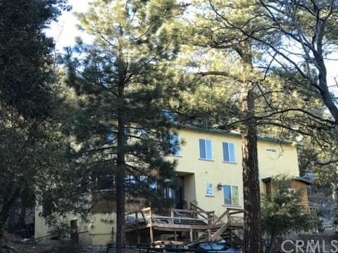 Single Family Home for Sale at 5826 Acorn Drive Wrightwood, California 92397 United States