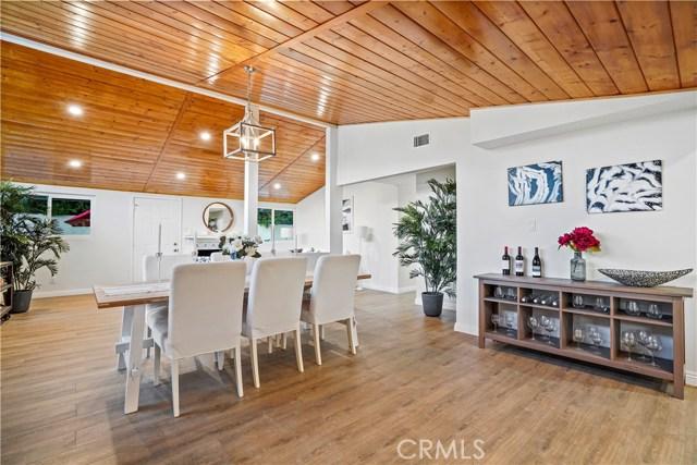 16321 Vincennes Street, North Hills CA: http://media.crmls.org/medias/068da158-3005-410a-b308-3cc10ea69a0a.jpg