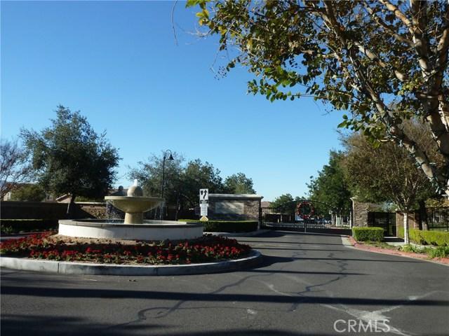 14460 runyon Drive, Eastvale CA: http://media.crmls.org/medias/068db4ff-bb65-41d5-b844-ecb067a83d8d.jpg