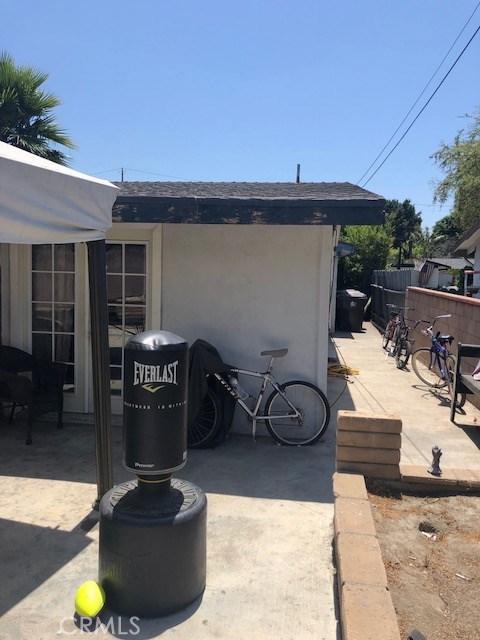 3421 E Janice Street, Long Beach CA: http://media.crmls.org/medias/068f6781-9fab-44b2-8a32-8a13da32d1d7.jpg