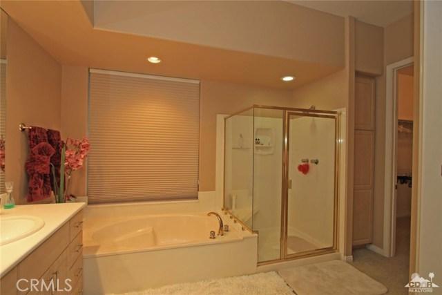 7 Dickens Court, Rancho Mirage CA: http://media.crmls.org/medias/06908f37-841c-43fd-b8b5-efcb90d0ef79.jpg