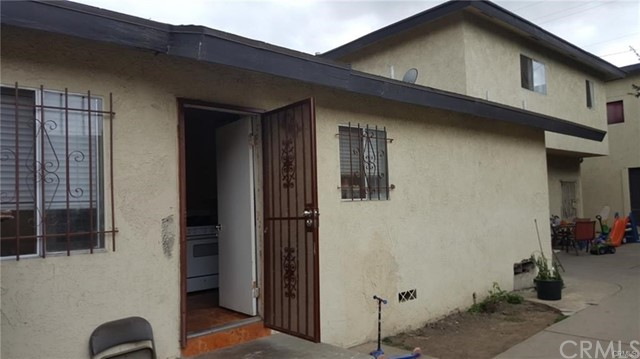 Single Family Home for Sale at 1733 N Rose Avenue Compton, California 90221 United States
