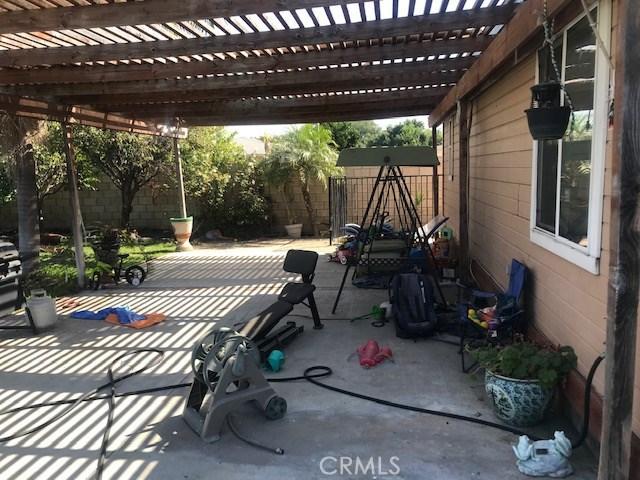 3435 W Thornton Avenue, Anaheim CA: http://media.crmls.org/medias/069d9f04-2fb4-45d0-b434-446da586eb84.jpg