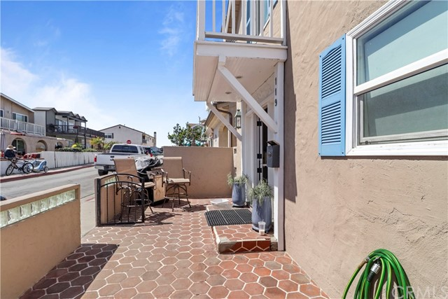 119 39th Street Newport Beach, CA 92663 - MLS #: OC18068123