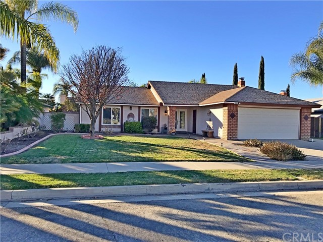 29801 Sun Country Ln, Sun City, CA 92586 Photo
