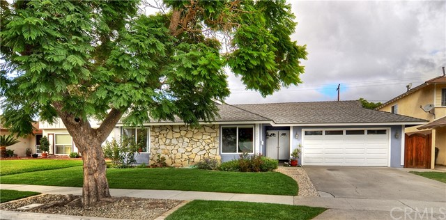 18297 Jacaranda Street Fountain Valley, CA 92708 is listed for sale as MLS Listing OC17211238