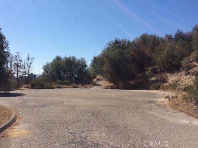0 Moonray Lane, Oakhurst CA: http://media.crmls.org/medias/06c50379-24f3-4a12-809c-7f2de7a8463a.jpg