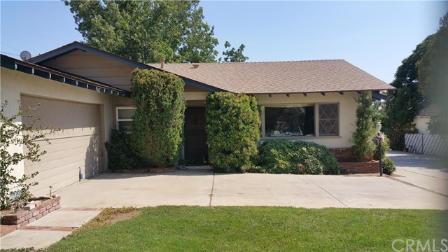 34983 Ave E Yucaipa, CA 92399 is listed for sale as MLS Listing EV16170024