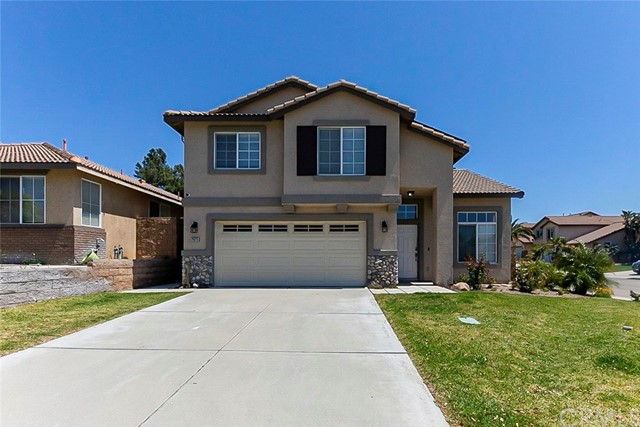 Detail Gallery Image 1 of 22 For 7675 Mums St, Fontana,  CA 92336 - 4 Beds   3 Baths