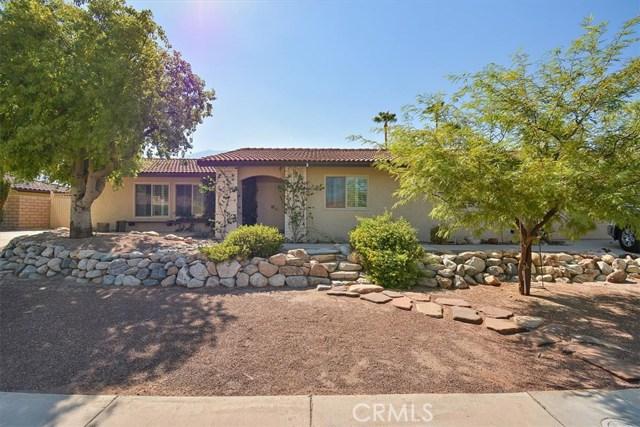879 N Camino Condor, Palm Springs CA: http://media.crmls.org/medias/06d1365a-8cc9-4a01-8ead-fe317e8e9479.jpg