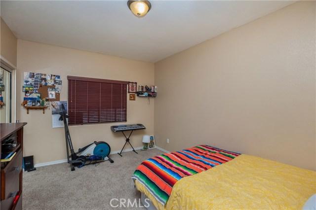 5960 Robinson Avenue, Riverside CA: http://media.crmls.org/medias/06db4ec4-3d4d-424f-bf2f-59f5eeab5b1e.jpg