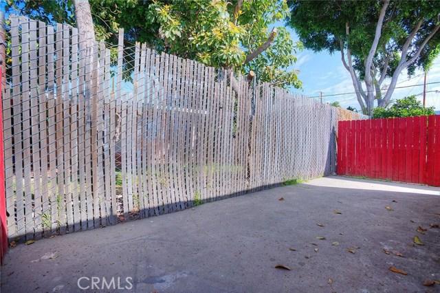 1733 W 34th Street, Long Beach CA: http://media.crmls.org/medias/06e0f872-48f7-440b-82ff-4eaf49ffef3d.jpg