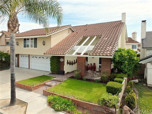 Single Family Home for Sale at 9648 Avenida Monterey Cypress, California 90630 United States