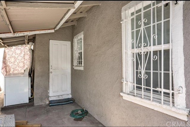 730 W 53rd Street Los Angeles, CA 90037 - MLS #: DW18167203