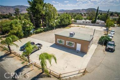 5160 W Ramsey Street, Banning CA: http://media.crmls.org/medias/0700c4d1-5091-4a85-b04c-013d02dc2113.jpg