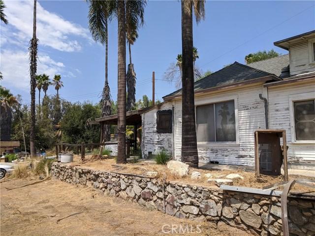 101 W La Cadena Dr, Riverside CA: http://media.crmls.org/medias/07047baa-5660-4706-a65a-1767da51a104.jpg