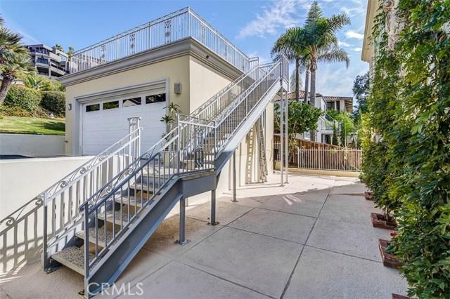 31365 Monterey Street, Laguna Beach CA: http://media.crmls.org/medias/070831b0-9697-4120-aa0e-88eb2e571721.jpg