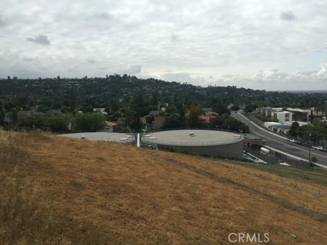 13221 Cole Lane, North Tustin CA: http://media.crmls.org/medias/0732e748-2c23-4a15-b68c-1691471d983f.jpg