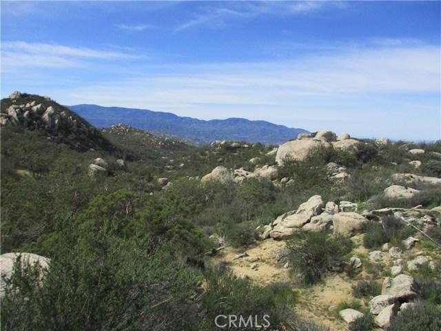 991 Crazy Horse Canyon Road, Aguanga CA: http://media.crmls.org/medias/0737337a-a9b0-47ea-9b26-a1cfe3231b01.jpg