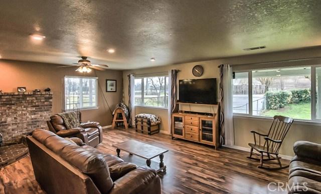 独户住宅 为 销售 在 4637 Balls Ferry Road Anderson, 加利福尼亚州 96007 美国