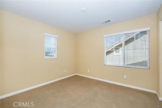 1564 Big Sky Drive, Beaumont CA: http://media.crmls.org/medias/0754eee8-c47d-4f3b-8c0d-53f042f6e63d.jpg