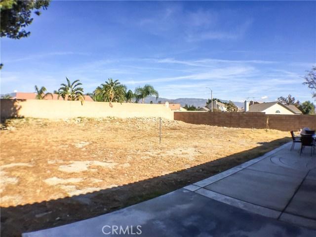 1306 W Banyon Street Rialto, CA 92377 - MLS #: SB18004893
