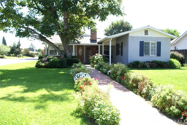 Single Family Home for Rent at 9856 La Rosa Drive Temple City, California 91780 United States