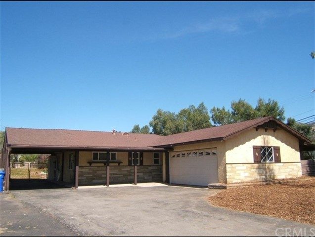 Detail Gallery Image 1 of 38 For 850 North Ave, Escondido,  CA 92026 - 3 Beds   2 Baths