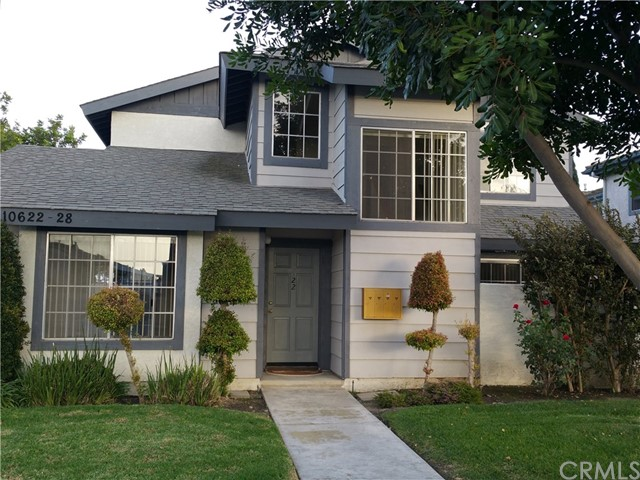 Townhouse for Rent at 10622 Oak Street Los Alamitos, California 90720 United States