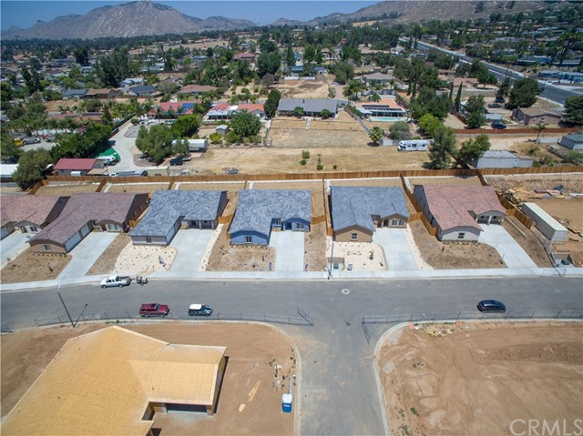 24928 Metric Drive, Moreno Valley CA: http://media.crmls.org/medias/0774f5f5-1009-4ac8-97fd-82834ff5d601.jpg