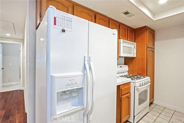 11600 Warner Avenue, Fountain Valley CA: http://media.crmls.org/medias/077c45b2-ba36-472b-b38d-6725b9458868.jpg