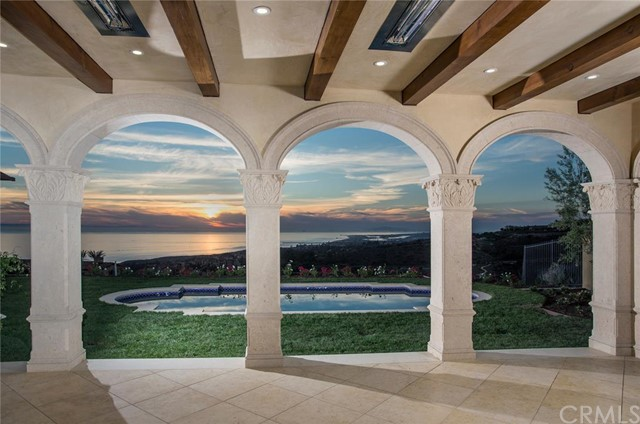 Single Family Home for Sale at 3 Shell Beach St Newport Coast, California 92657 United States