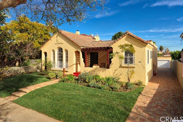 Single Family Home for Sale at 1132 Stearns Drive 1132 Stearns Drive Los Angeles, California 90035 United States