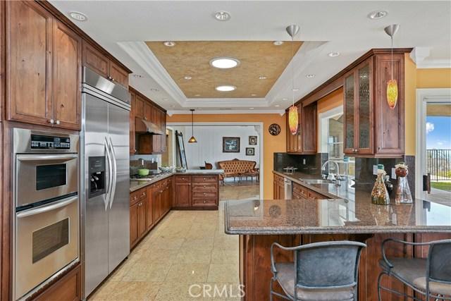 房产卖价 : $158.00万/¥1,087万