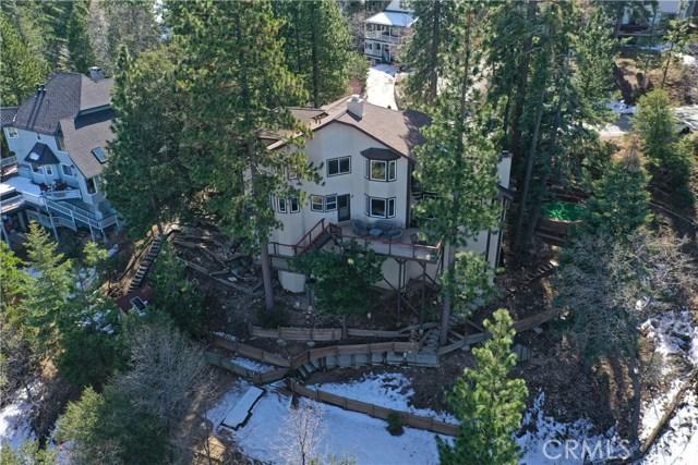283 Fairway Drive, Lake Arrowhead CA: http://media.crmls.org/medias/07a3c664-be85-4640-9320-da7a397e3977.jpg