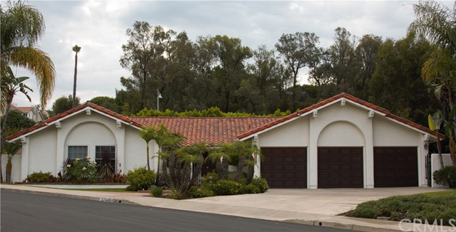 27042 La Paja Lane, Mission Viejo, CA 92691