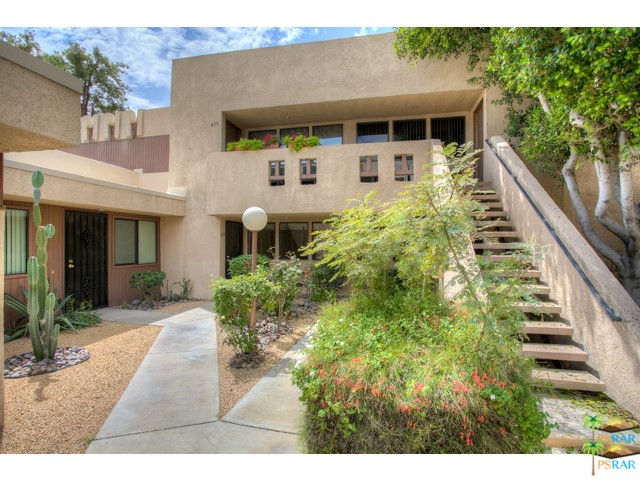 Photo of home for sale at 435 BRADSHAW Lane, Palm Springs CA