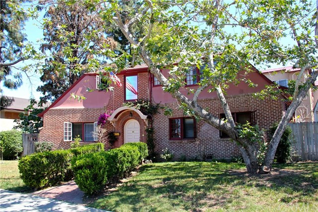 Single Family Home for Sale at 1603 French Street Santa Ana, California 92701 United States