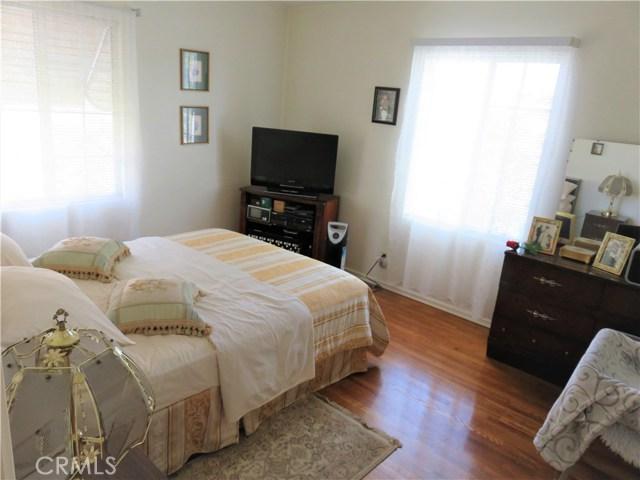 312 E Gleason Street, Monterey Park CA: http://media.crmls.org/medias/07dbc4f5-06fc-4300-bdca-b66b58760c41.jpg