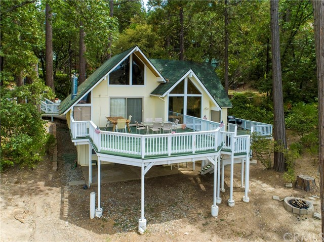 Detail Gallery Image 1 of 51 For 53674 Road 432, Bass Lake, CA 93604 - 3 Beds | 2 Baths